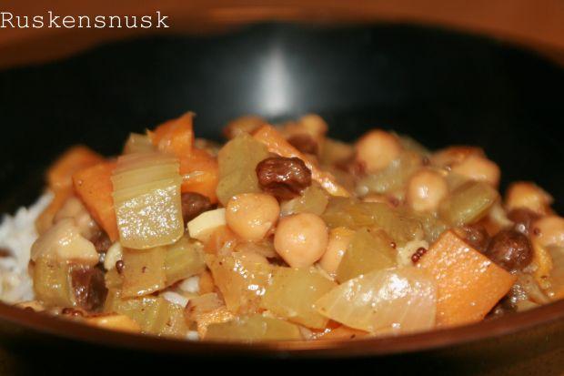 Gryderet med søde kartofler